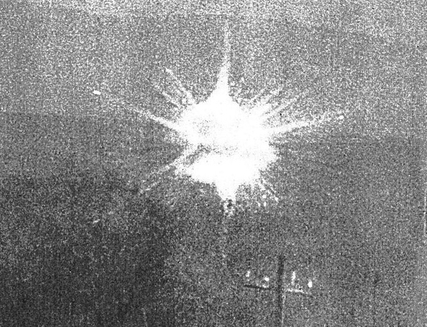 34.Shell_explosion_in_Nanking[1]